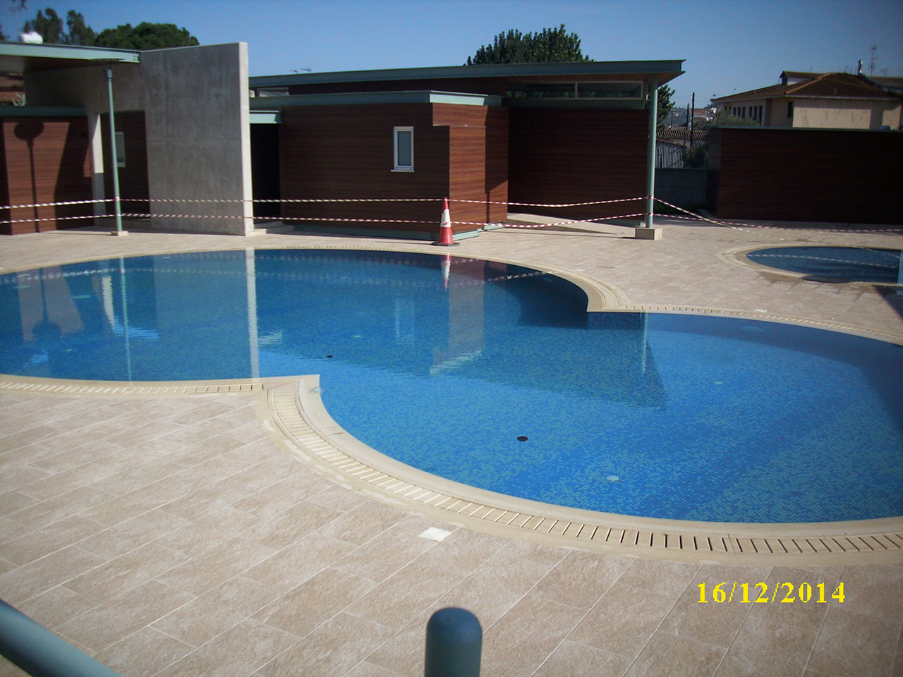 Limcon pool construction for Pool construction